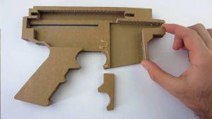 如何用纸板制作一把m4冲锋枪 (9)