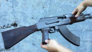 如何用纸板制作一把连发橡皮筋的纸板玩具枪wgog943 (2)