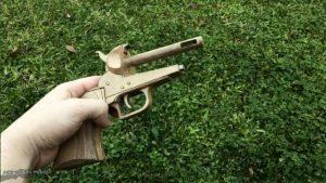 纸板枪图纸下载如何用纸板制作柯尔特转轮纸板玩具手枪wgog944-完美细节 (7)